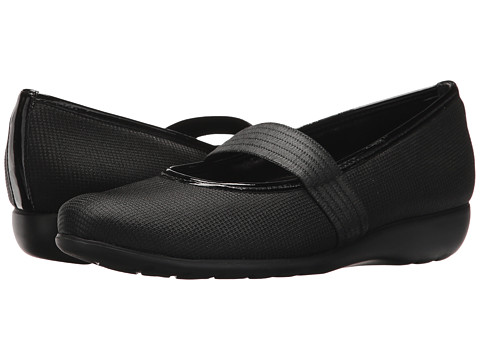 Munro American - Fran (Black/Metallic Fabric) Women