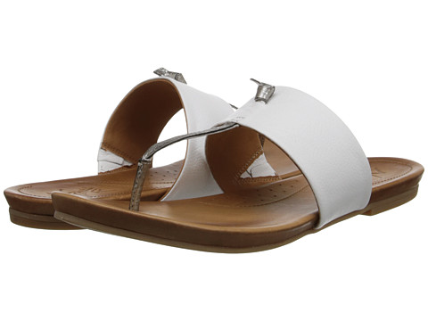 Naya - Crescent (White Leather/Silver Metallic) Women's Sandals