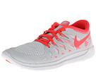 Nike Kids Free 5.0 (Big Kid) (Pure Platinum/White/Laser Crimson)