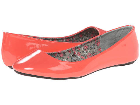 Charles Albert - Cobra Patent (Coral) Women's Flat Shoes
