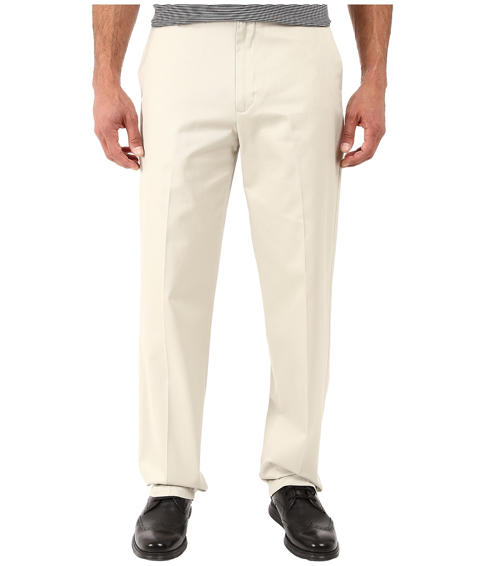 Dockers - Signature Khaki D4 Relaxed Fit Flat Front (Cloud) Men's Dress Pants