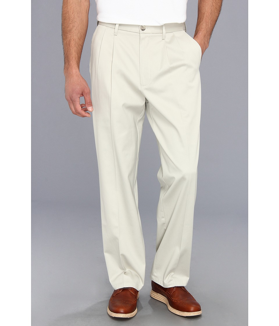 Dockers Men's - Signature Khaki Relaxed D4 Pleated Pant (Cloud) Men's Casual Pants