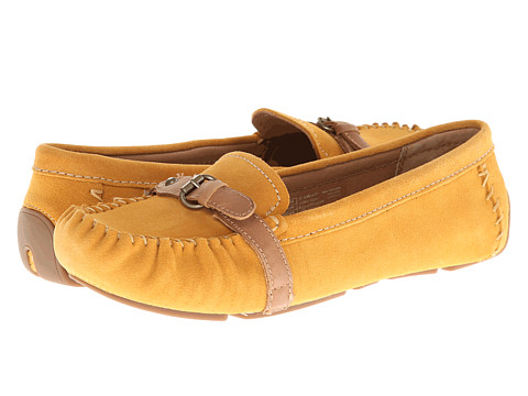 Ariat - Free Rein (Amber Suede) Women's Slip on Shoes