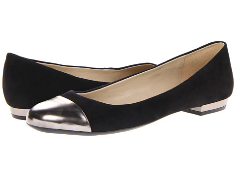 Naturalizer - Applause (Black Suede/Pewter) Women