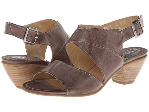 Fidji - L492 (Brown) Women's 1-2 inch heel Shoes