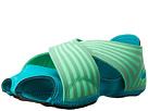 Nike Style 629497-300