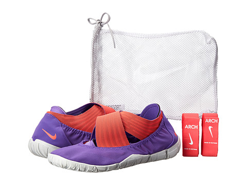 Nike - Studio Wrap Pack 2 (Purple Venom/Black/Light Base Grey/Laser Crimson) Women's Cross Training Shoes