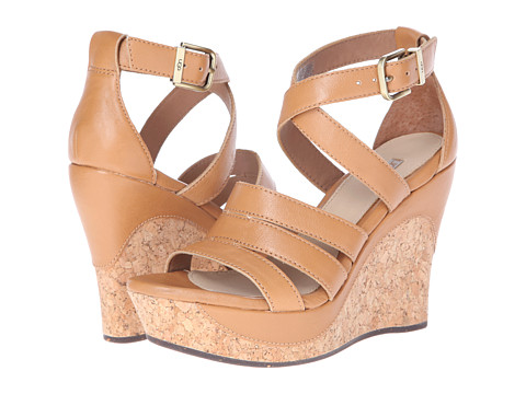 UGG - Dillion (Putty Leather) Women's Wedge Shoes
