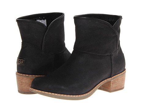 UGG - Darling (Black Leather) Women's Pull-on Boots