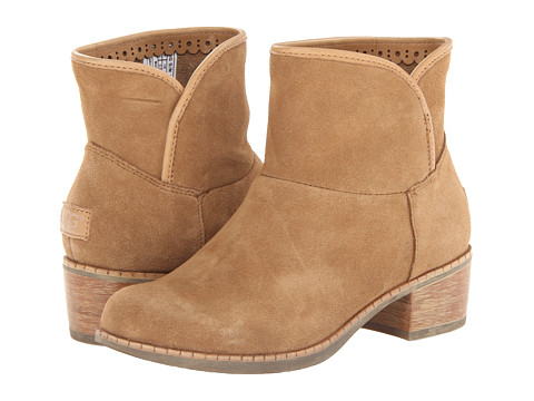 UGG - Darling (Chestnut Suede) Women