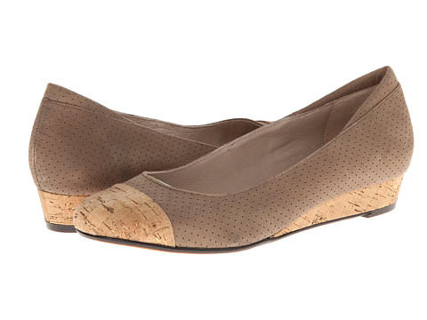 Donald J Pliner - Julie (Taupe) Women's Wedge Shoes