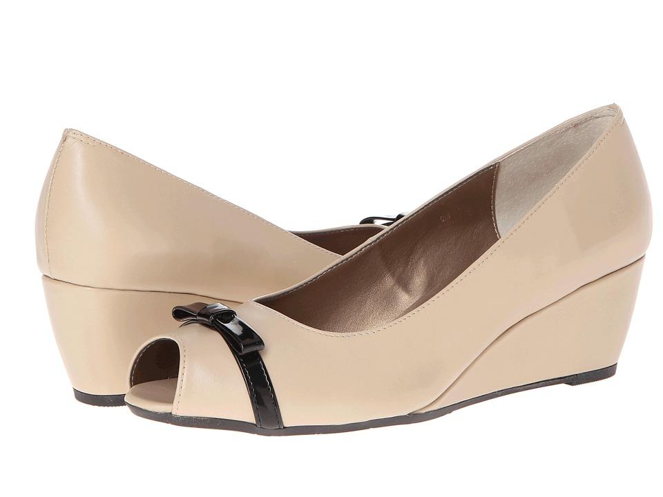 Vaneli - Winda (Pudding E-Nappa/Black Ferns Patent) Women's Wedge Shoes