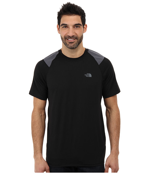 The North Face - S/S Paramount Tech Tee (TNF Black) Men's Short Sleeve Pullover