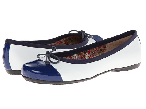 Oh! Shoes - Bailey (Navy/White Napa Patent) Women