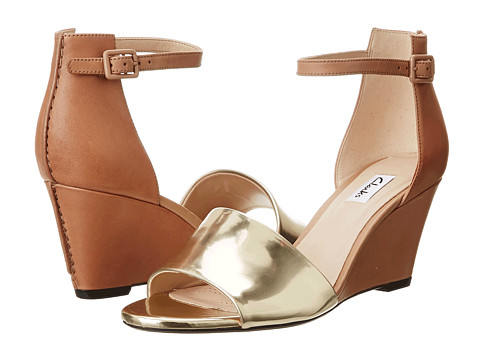 Clarks - Sass Babington (Tan/Gold) Women's Wedge Shoes