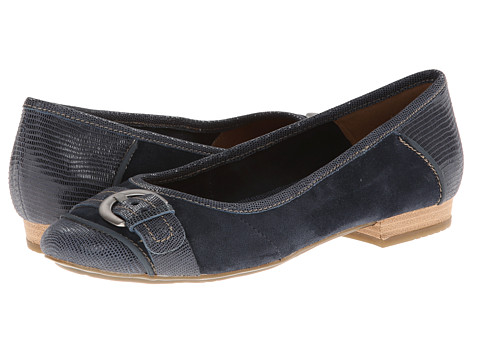 Clarks - Lockney Ice (Navy) Women's Flat Shoes