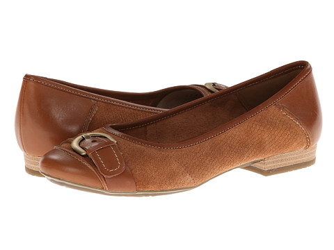 Clarks - Lockney Ice (Tan) Women's Flat Shoes