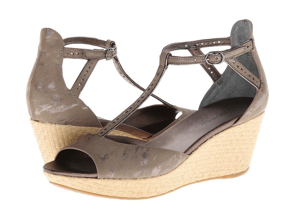 Kenneth Cole Reaction Pop Art Womens Wedge Shoes (Taupe)