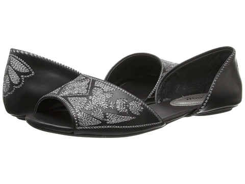 Kenneth Cole Reaction - Tina Tot (Black) Women's Flat Shoes