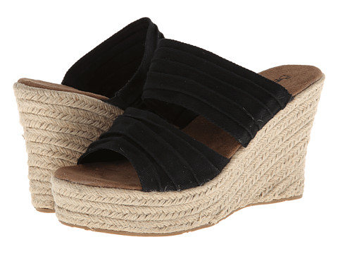 Bearpaw - Primrose (Black) Women's Shoes