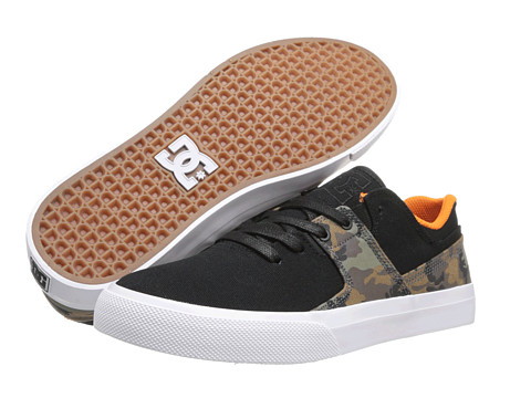 DC - Graduate Lo TX (Black/Camo) Men's Skate Shoes