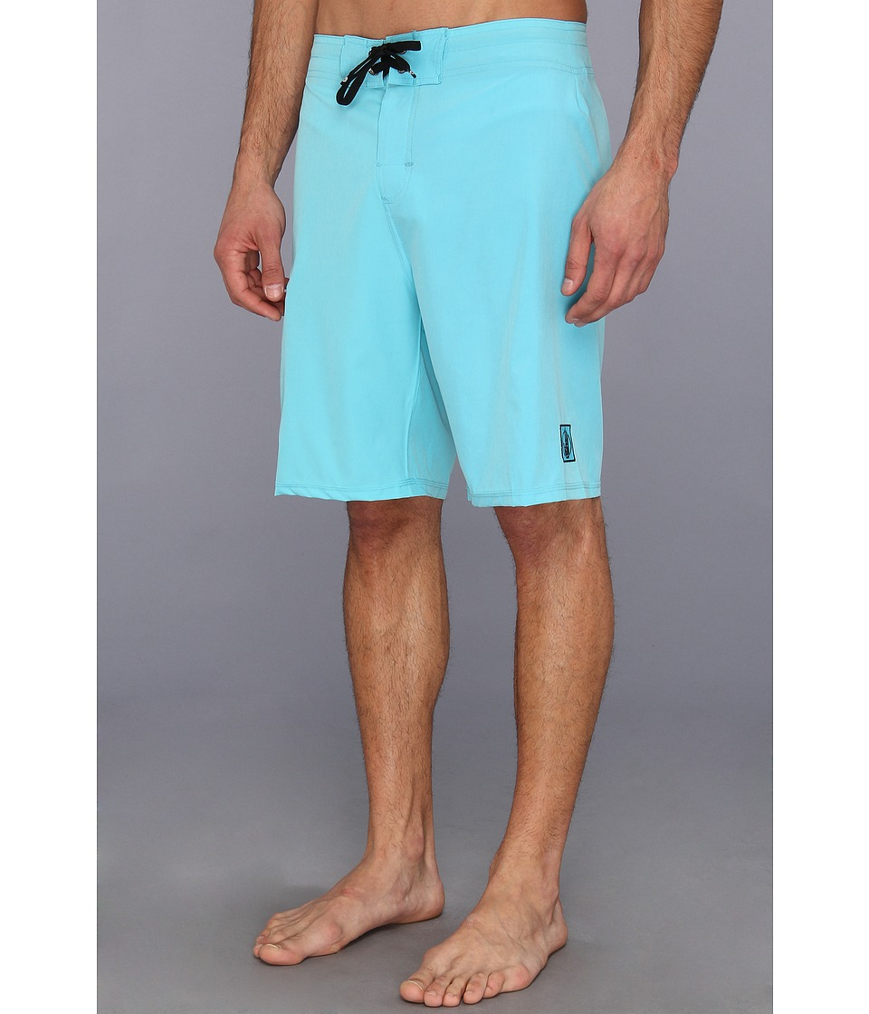 Body Glove - Gripper Vaporskin Boardshort (Cyanara) Men's Swimwear