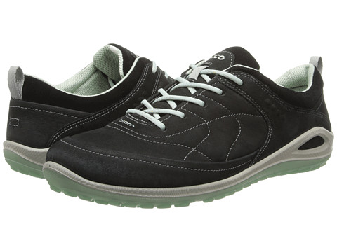 ECCO Sport - Biom Grip Lite (Black/Black/Ice Flower Yabuck/Suede/Decoration) Women