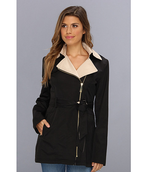 Vince Camuto - Two-Tone Asymmetric Zip Trench F8101 (Black/Nude) Women's Coat