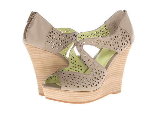 Seychelles - Caught My Eye (Taupe) Women's Wedge Shoes