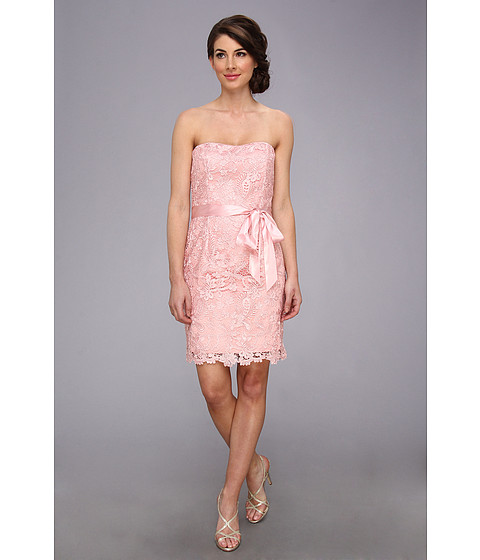 Adrianna Papell - Strapless Sweetheart Neck Lace Sheath (Bridesmaid) (Tea Rose) Women