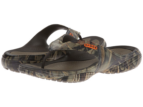 Crocs - Modi 2.0 Realtree Max-4 Flip (Chocolate/Khaki) Men's Sandals