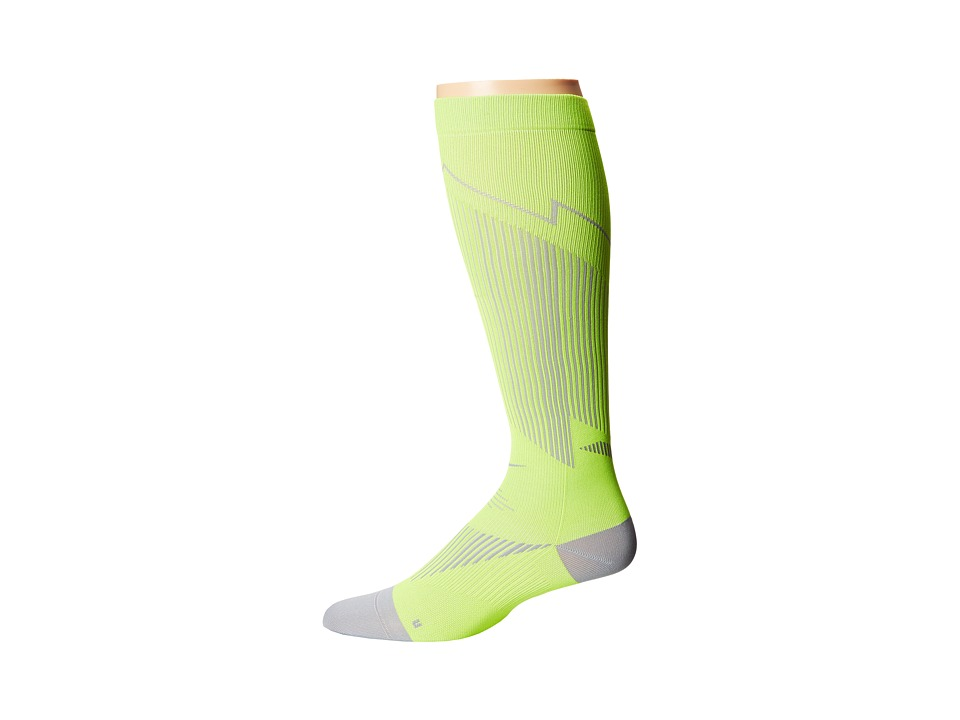 Nike - Elite Running Graduated (Volt/Black/Black) Knee High Socks Shoes