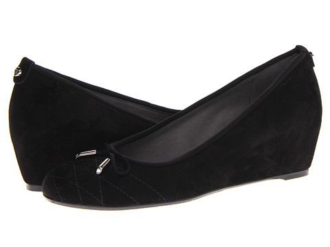 Stuart Weitzman - Quilty (Black Suede) Women's Wedge Shoes