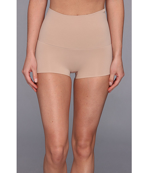 Spanx - Haute Contour Shorty (Light Nude) Women