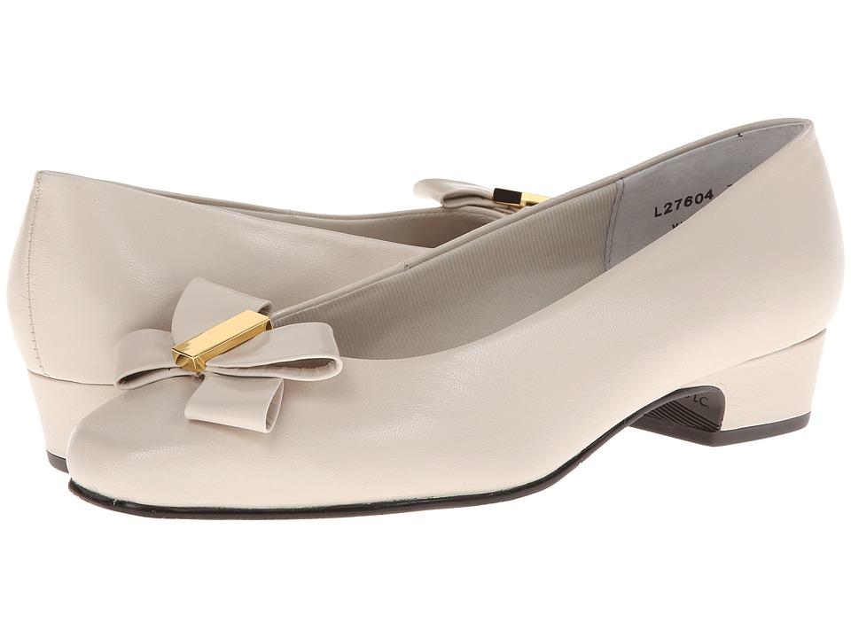 Rose Petals - Briann (Wheat Kid) Women's Shoes