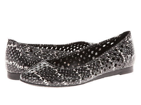 Calvin Klein - Saphire (Cream/Black Speckled Snake) Women's Flat Shoes