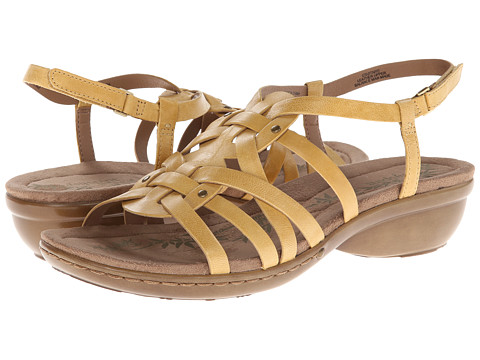 Easy Spirit - Vitaro (Medium Yellow Leather) Women's Shoes