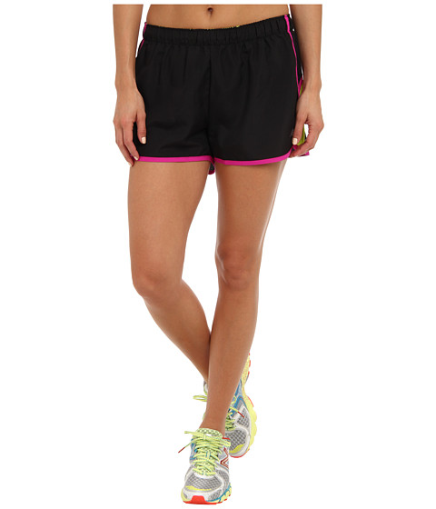 New Balance - Momentum Short (Black/Poisonberry) Women's Shorts