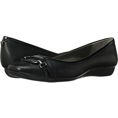 Bandolino No Limits (Black Leather) Women's Flat Shoes