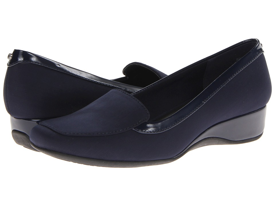 Bandolino Lilas (Navy Fabric) Women