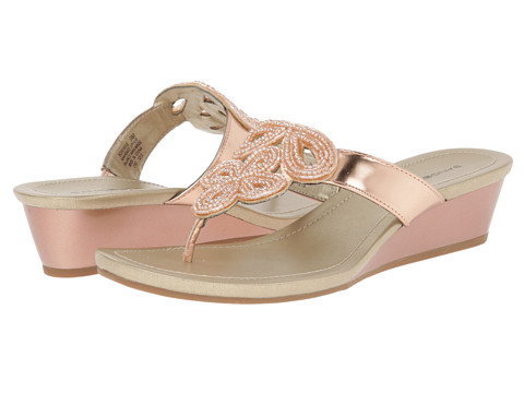 Bandolino - Bessie (Light Pink Synthetic) Women