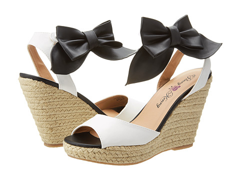 Penny Loves Kenny - June (White/Black Matte) Women's Wedge Shoes