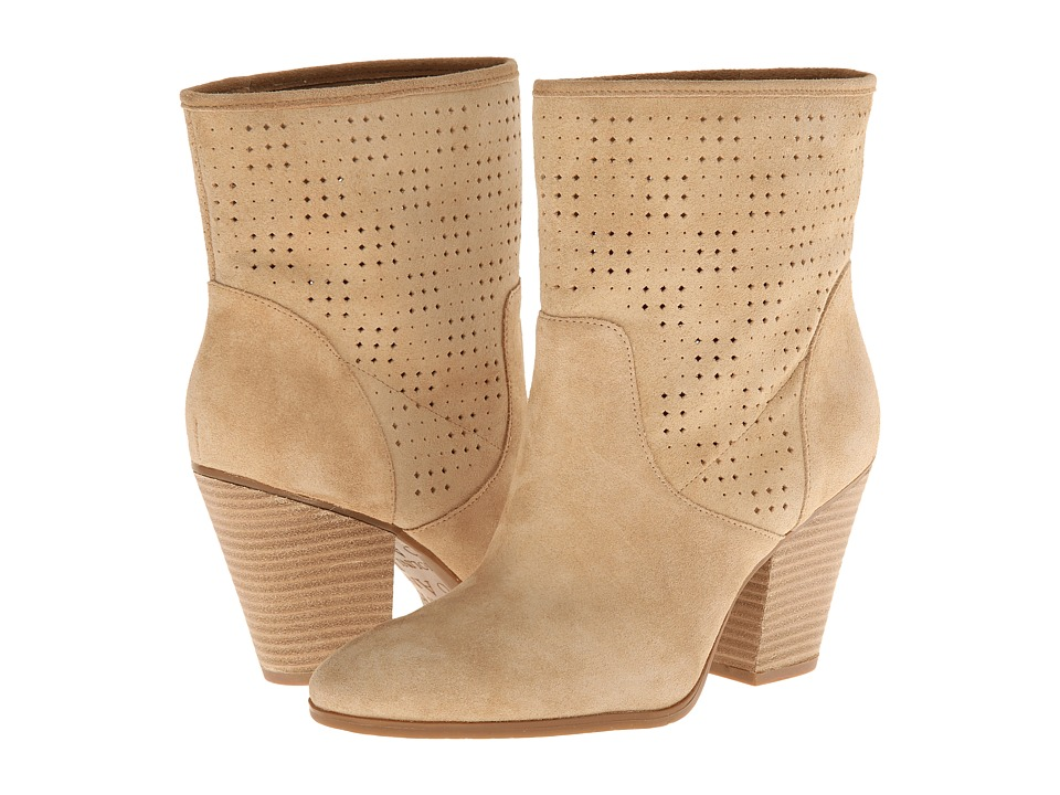 Enzo Angiolini - Gettup (Light Natural) Women's Pull-on Boots