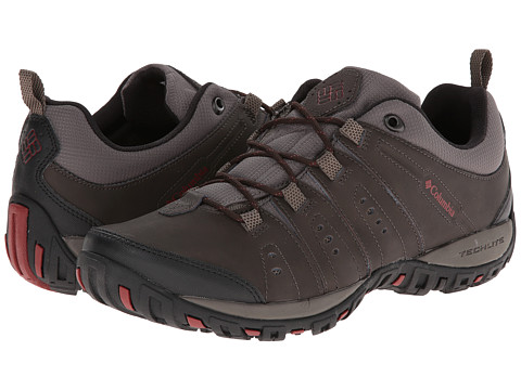 Columbia - Peakfreak Nomad (Cordovan/Garnet Red) Men's Shoes