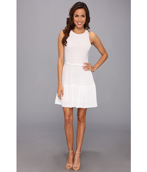 BCBGMAXAZRIA - Cassandra Sleeveless A-Line Lace Dress (White) Women's Dress