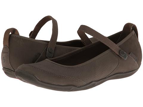 Teva - Niyama Flat Perf (Bungee Cord) Women's Flat Shoes