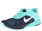 Nike Style 654916-400