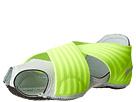 Nike Style 629348-701