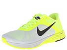Nike Style 654915-100