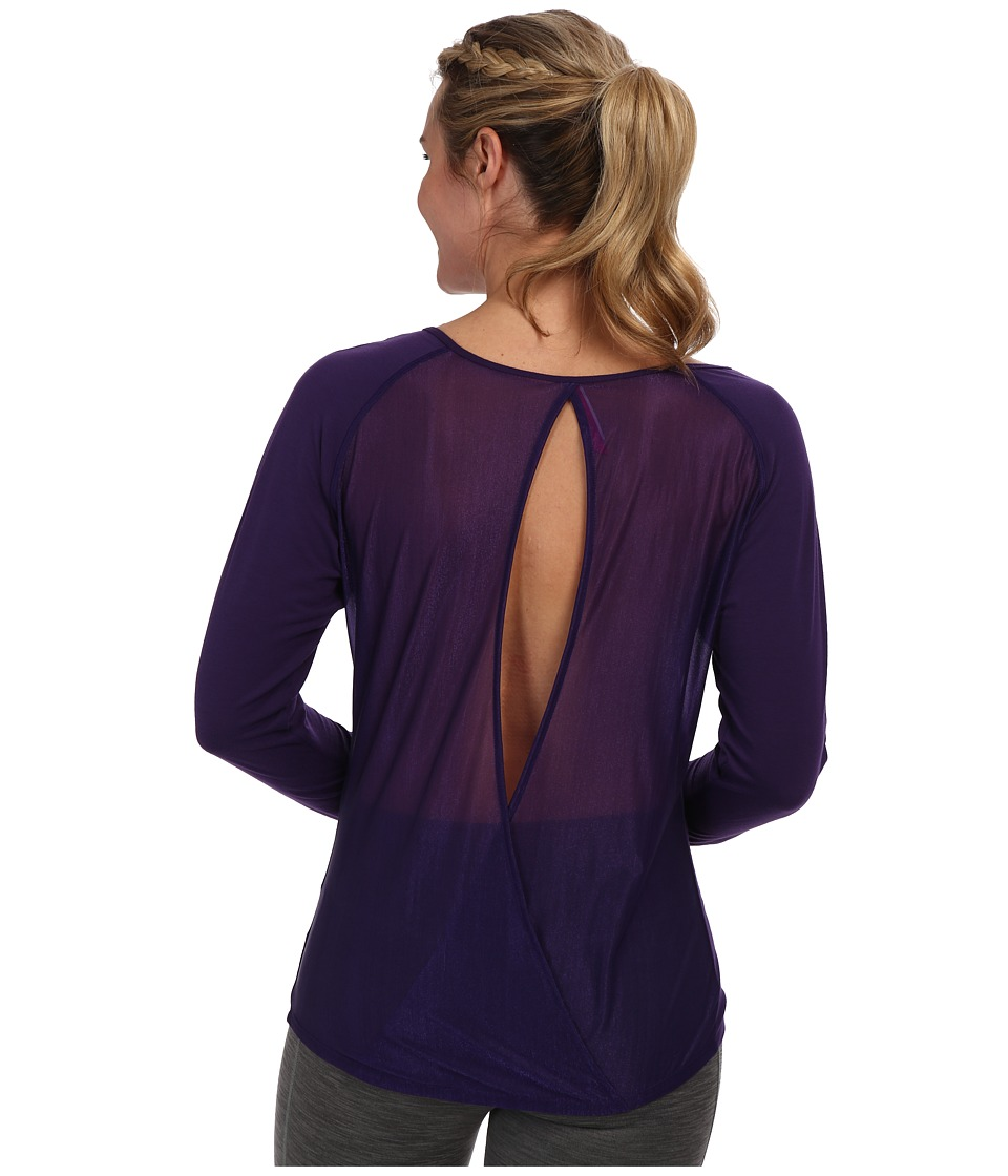 Moving Comfort - Twist Open Back (Gem) Women's Long Sleeve Pullover